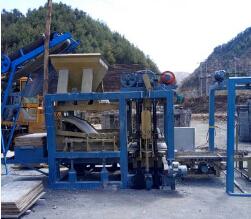 液压系统控制免烧砖机制砖生产线 6-15空心砖机