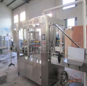 供应优质玻璃瓶封口机设备