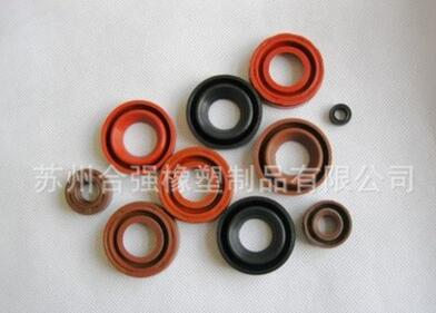生产定制各种规格油封、外油封、内油封、耐油耐磨油封系列产品