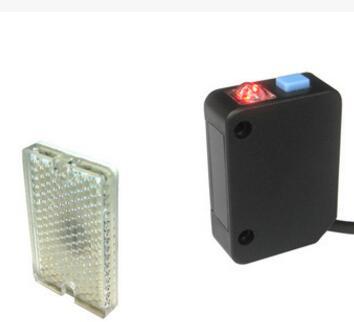 回归反射光电传感器PA-1R2K,红外光源,按键设定,检测距离2m,