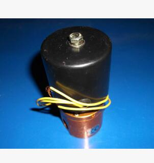 真空电磁阀二位三通常闭阀ZKC23-8-CO(8mm通径插10mm气管)
