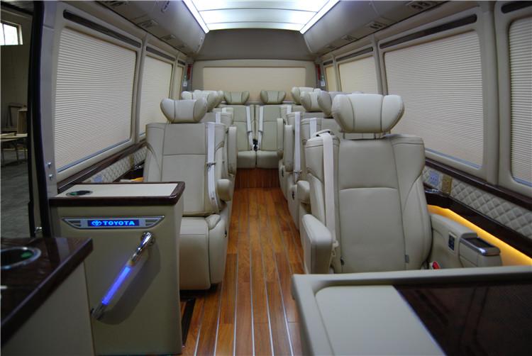 丰田考斯特销售13座现车考斯特改装全车埃尔法座椅