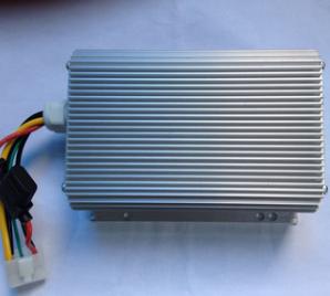 48V60V64V72V转12V30A电动车隔离转换器