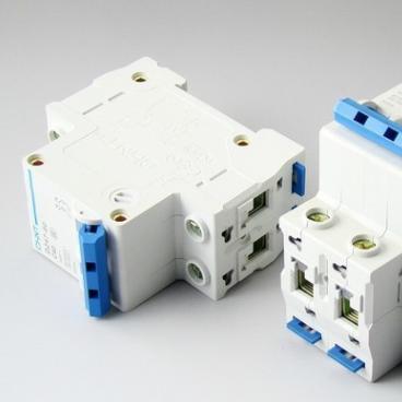 供应DZ47-60 2P小型断路器 正泰dz47断路器空气断路器断路器
