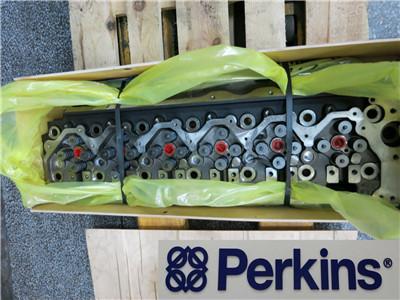 供应英格索兰山猫挖掘机发动机配件缸盖
