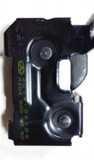 奔驰W204机盖下锁 2048800260