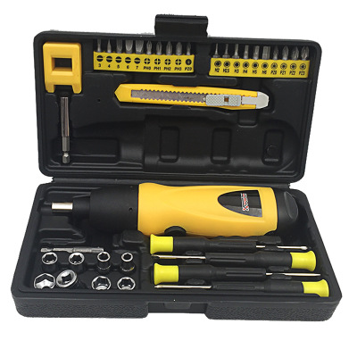 厂家直销 电动螺丝刀 干电池家用组合套装 加磁器美工刀 一件代发