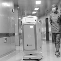 """机器人战""""疫""""百毒不侵 未来可否取代人类"""