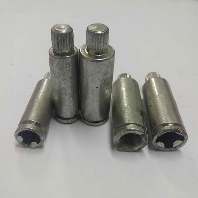 厂家直销 加工定制各类非标准件 车件 冷镦加工 螺丝螺母