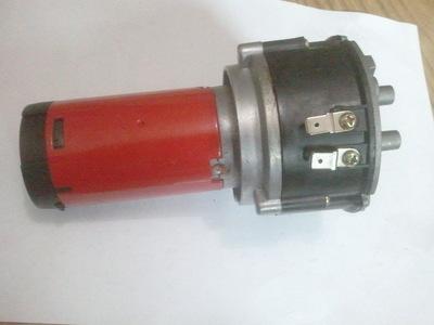 3管红色带气泵电气喇叭汽车摩托车鸣笛喇叭12v超响改装音乐喇叭