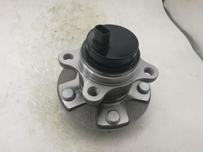 13款GS前轮轮毂轴头43550-30050/43550-30070